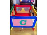 Travel cot play pen