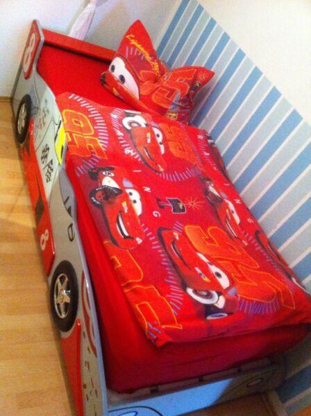 rennautobett in sachsen plauen babywiege gebraucht. Black Bedroom Furniture Sets. Home Design Ideas
