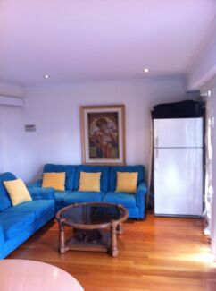 2 BEDROOM UNIT SOUTH COOGEE SUNNY CLEAN NO BILLS Coogee Eastern Suburbs Preview
