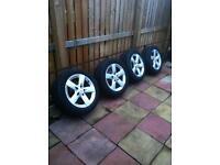 Merc alloys with tyres