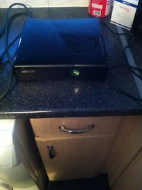 Xbox 360 s 250gb Comes with power pack..HDMI lead....FIFA16..Charging dock. NO BOX