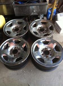 "4 - Ford F150 Chrome Clad 17"" x 7.5"", 6 Lug, 135mm Bolt Pattern Steel Rims with Sensors (2004-2008)"
