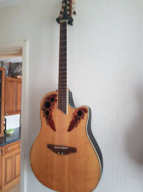 OVATION CELEBRITY CC 44S GUITAR WITH OVATION CASE - MINT