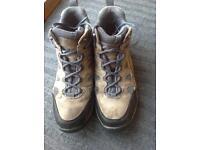 Men's Walking Boot Size 11