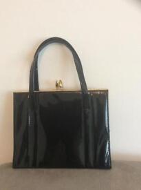 Black vintage women's bag