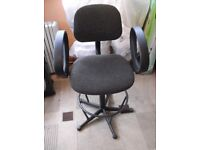 Office/architects swivel chair