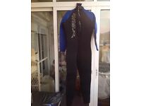 Adult Gul Wet Suit size Large