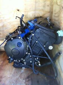 PARTING OUT A 2009 YAMAHA R1LE   WITH 20000KM Windsor Region Ontario image 1