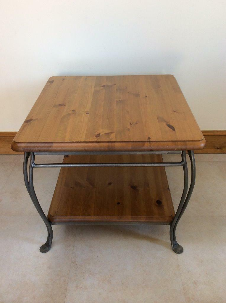 Ducal 39 winchester forge 39 coffee table in aberdeen gumtree for Coffee tables gumtree