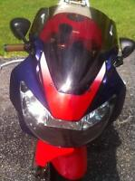 COMPLETE SET OF HONDA CBR929RR BODY WORK AND TANK
