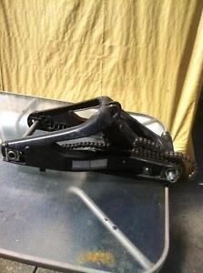 2009 YAMAHA R1LE  SWING ARM AIR BOX FUEL INJECTION WITH 20000KM Windsor Region Ontario image 2