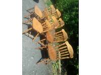 Extendable table and 6 chairs. Can be delivered