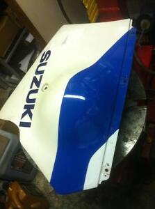 GSXR750 SUZUKI 88-91 LOWER IN GOOD CONDITION Windsor Region Ontario image 1