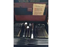 72 piece cutlery dining set by Solinger 18/10 not Viners
