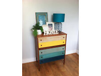 Beautiful Vintage / Shabby Chest of Drawers