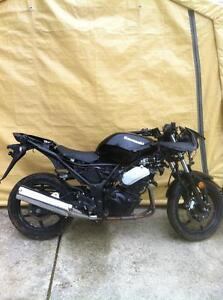 2009 KAWASAKI NINJA 250 PARTING OUT
