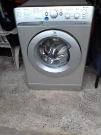 Washing machine (silver indesit 6kg)