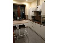 COZY FLAT IS LOOKING FOR NICE FLATMATE TO SINGLE BEDROOM