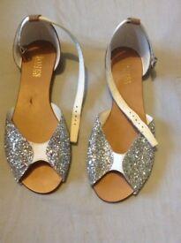 Jones Bootmaker Sandals size 5