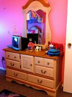 Kathy Ireland Collection Bedroom Set for a Girl