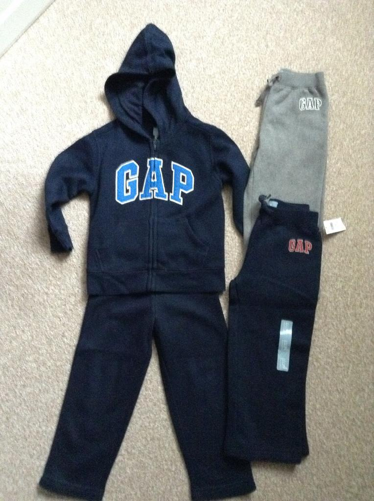 Gap age 3in Plymouth, DevonGumtree - Gap tracksuit (worn twice) gap jogging bottoms (never worn) age 3. Collection from Tamerton Foliot