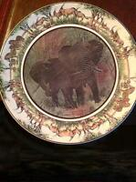 RETIRED ROYAL DOULTON LARGE AFRICAN ELEPHANTS CHARGER D6365