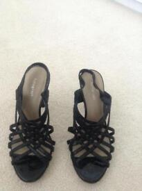 Ladies size 5 autograph stiletto sandals worn