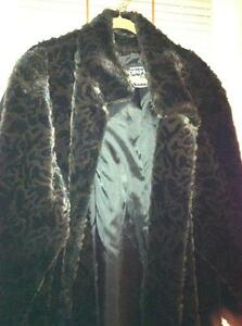 faux furs and capes Edmonton Edmonton Area image 5