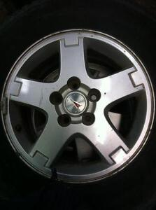 "4 - Pontiac Torrent 16"" Alloy Rims (5X115) with Center Caps"
