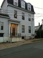 63 Sewell St.- Uptown **ROOM For Rent** H/L, W/D, Cable/Internet