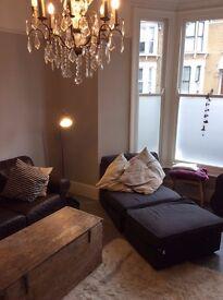 2 double bedrooms in Stoke Newington flat