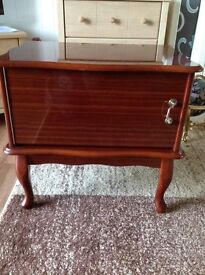 Small unit very good condition few Lille marks on top