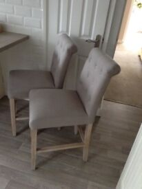 High quality pair of kitchen/bar stools . Fab condition in a light grey material
