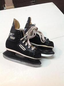 Bauer Premier Hockey Skates -youth 12- (sku: Z14928)