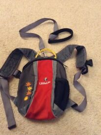 Little life backpack with reins- red and grey