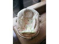 Baby bouncer with music