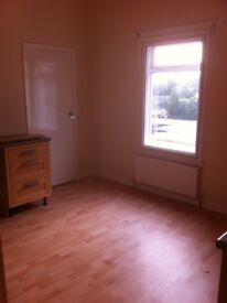 Great sized 4 bed flat, Wellesley Road