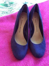 Ladies suede purple heels size 4