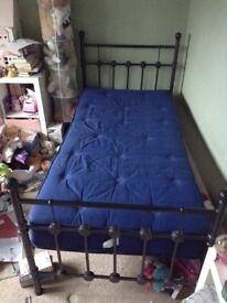 Single wrought iron effect bedstead