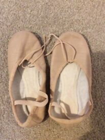 Ballet shoes - leather size 2.5