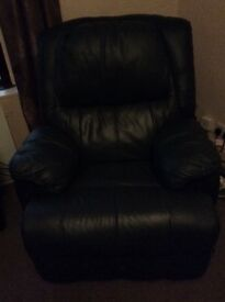 Recliner chair like new
