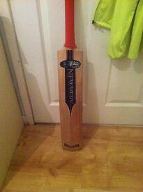 Newbury Krakatoa SPS cricket bat 2.8 lbs short handle