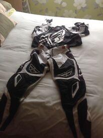 Motox cross clothing