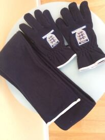 THE FA coaches association scarf and gloves