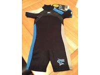 Kids shortie wetsuit age 4. NEW