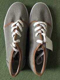 Brand New Canvas Leather Trainers, size 8/42