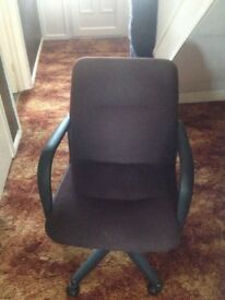Office chair brown VGC