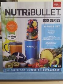NutriBullet 600 series BLUE - NEW in box