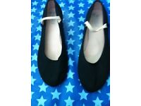 Ballet blotch shoes size 2