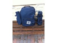 Classy picnic set in an easy to carry ruc sac NEW See other ads